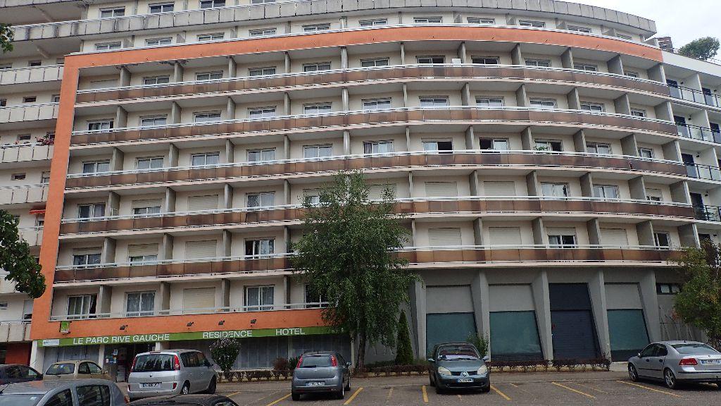 BRIT HOTEL LE PARC R